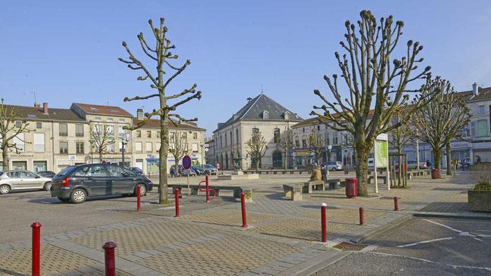 Marktplatz mit City Hall