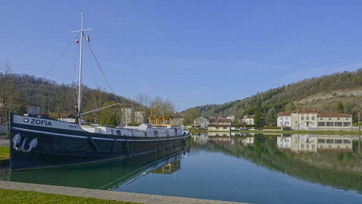 Nautical Relais mit Wohnmobilstellplatz