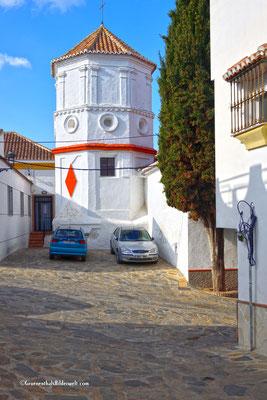 Comares; Kirchturm der Iglesia de la Encarnación