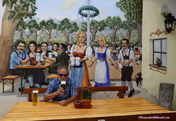 Kurzurlaub in Bayern mit Weißwurst und Bier