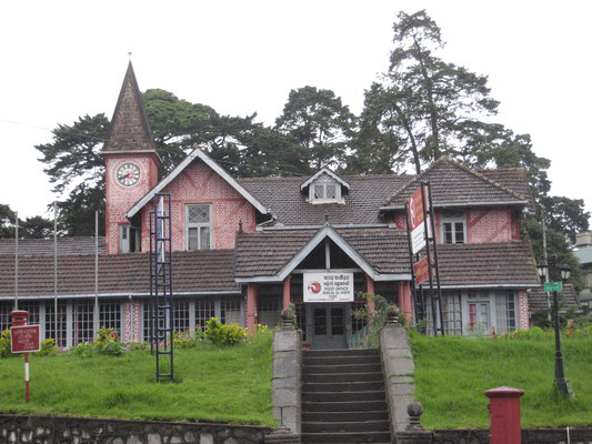 Post in Nuwara Eliya