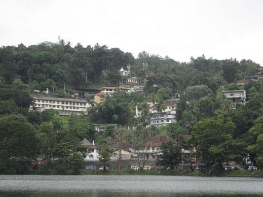 Blick vom Kandy See