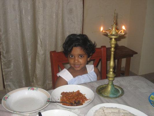 Venuji am Neujahrsmorgen (Sinhala New Year)