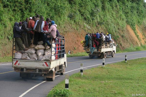 Öffentliche Verkehrsmittel in Afrika - Public transportation in Africa