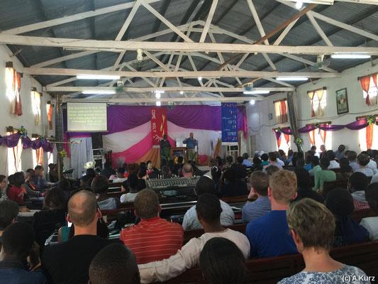 Gottesdienst in Afrika - Church service in Africa