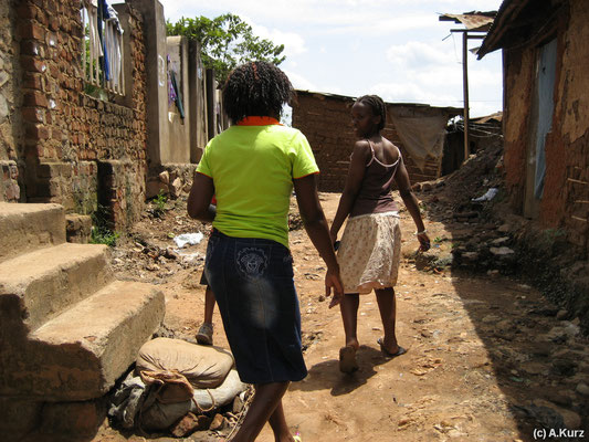 Der Weg durch den Slum - The way through the slum