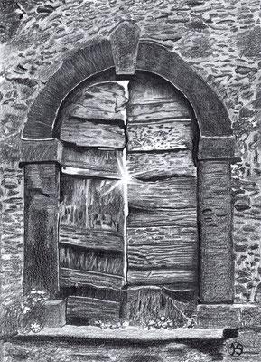 Alte Tür in der Tocana - was kommt danach?  290.-€  Repro 1/4  2/2019  41X53 cm  mit weißem Passepartout und schwarzem Holzrahmen  180.-€   Repro 2/4  3/2019  auf Leinwand mit schwarzem Schattenfugenrahmen.