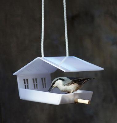 Кормушка для птиц - Шале белый