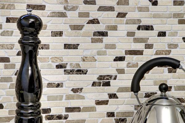 Mosaico Muretto Marmo Biancone Emperador