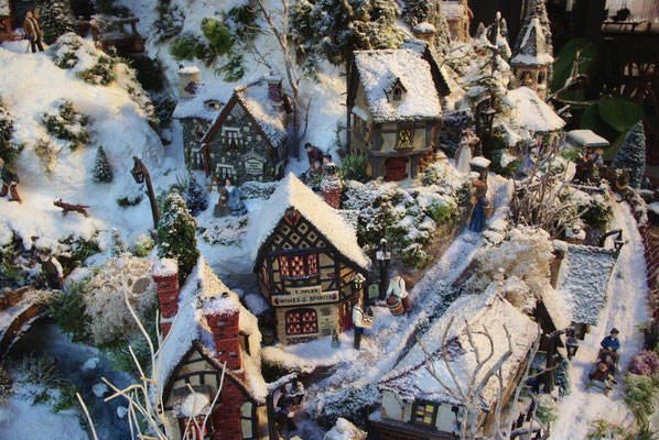 Village de Noël/Christmas Village 2014: En haut du village