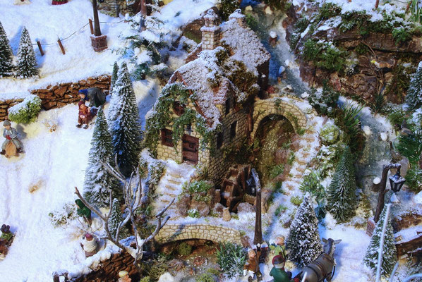 Village de Noël/Christmas Village 2014: Le moulin