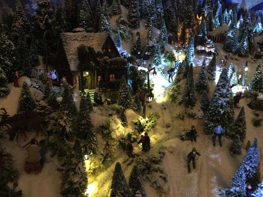Village de Noël/Christmas Village 2014 de nuit: Nuit sur le grand chalet
