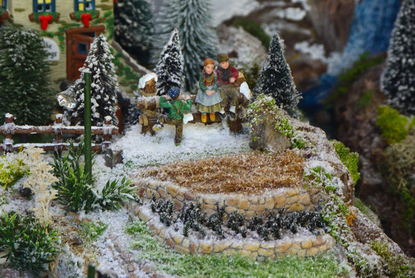Village Noël/Christmas Village 2013 : Bavardages avec les copains