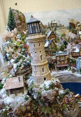 Village Noël/Christmas Village 2013: Phare sur les rochers