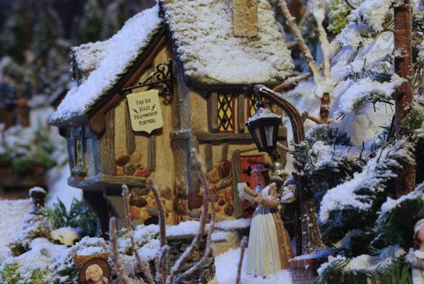 Village de Noël/Christmas Village 2014: Le facteur est passé