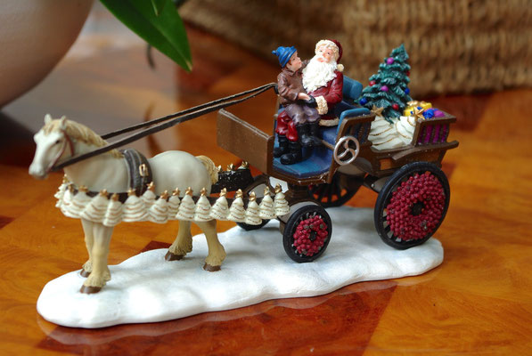 Santa and child on carriage - 600718 - vue 1