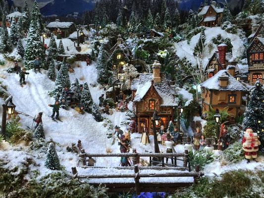 Village de Noël/Christmas Village 2014: Le bas des pistes