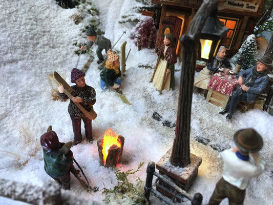 Village de Noël/Christmas Village 2014: Le tronc qui flambe ...