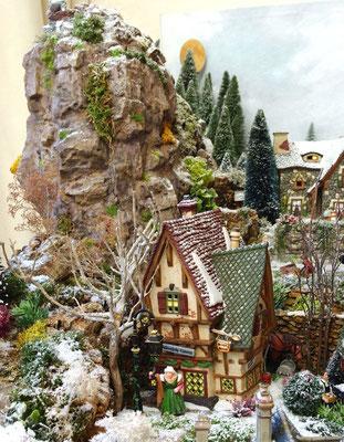 Village Noël/Christmas Village 2013: L'auberge sous le piton