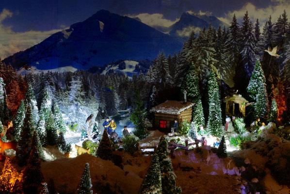 Village de Noël/Christmas Village 2014 de nuit: Les cabanes du lac