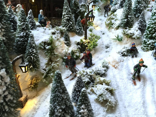 Village de Noël/Christmas Village 2014: Suivez papa !