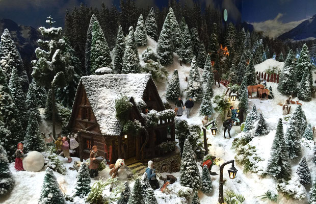 Village de Noël/Christmas Village 2014: Vie quotidienne au chalet