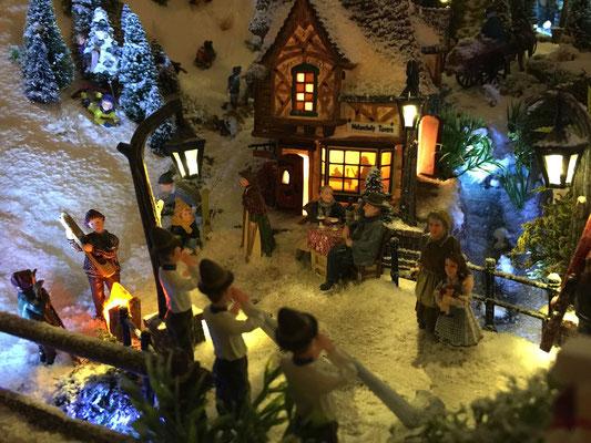 Village de Noël/Christmas Village 2014 de nuit: Concert nocturne
