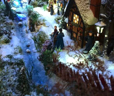 Village de Noël/Christmas Village 2014: Ruisseau gelé