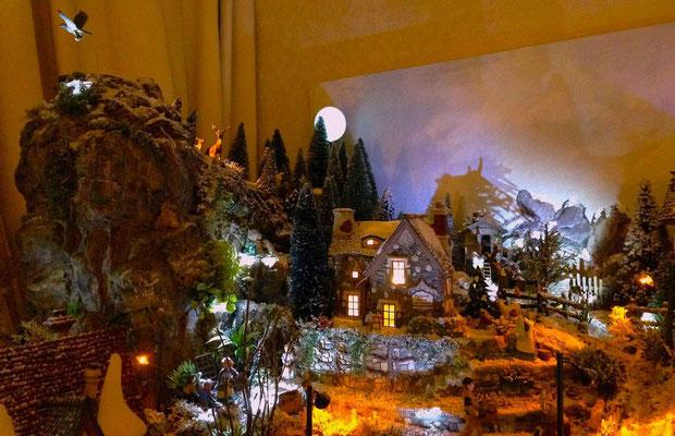 Village Noël/Christmas Village 2013, la nuit: Hauts du village dans la nuit