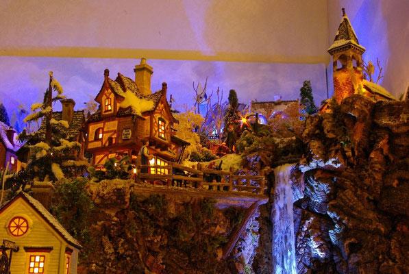 Village Noël/Christmas Village 2013, la nuit: Terrasse en surplomb
