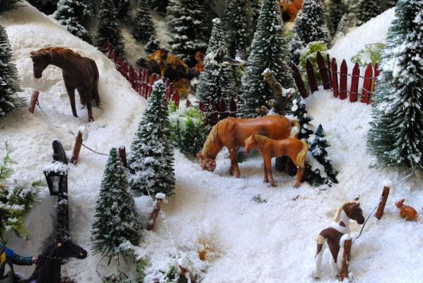 Village Noël /Christmas Village 2014, les hauteurs: Chevaux aux champs