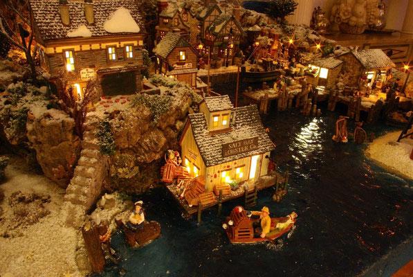 Village Noël/Christmas Village 2013, la nuit: La cabane aux homards