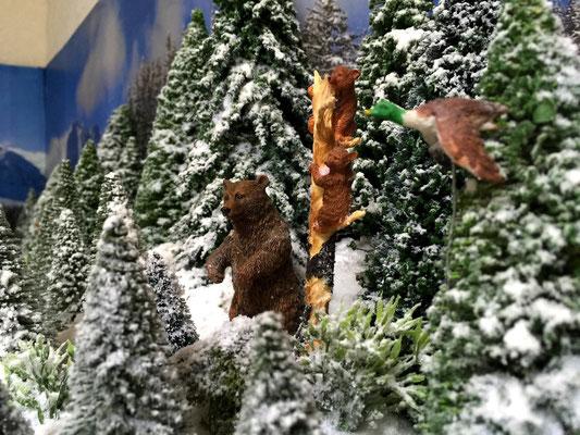 Village Noël /Christmas Vilage 2014, les hauteurs: Un chalet dans la neige...