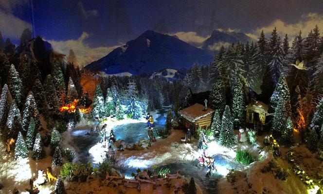 Village de Noël/Christmas Village 2014 de nuit: Le lac de nuit