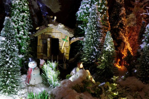 Village de Noël/Christmas Village 2014 de nuit: La cabane des enfants