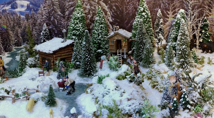 Village Noël /Christmas Vilage 2014, les hauteurs: Leçon de patinage