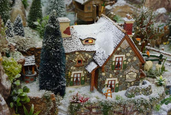 Village Noël/Christmas Village 2013 : La maison de pierres