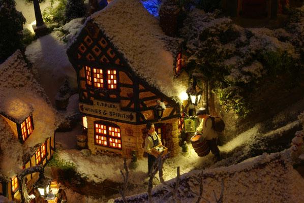 Village de Noël/Christmas Village 2014 de nuit: La journée est finie