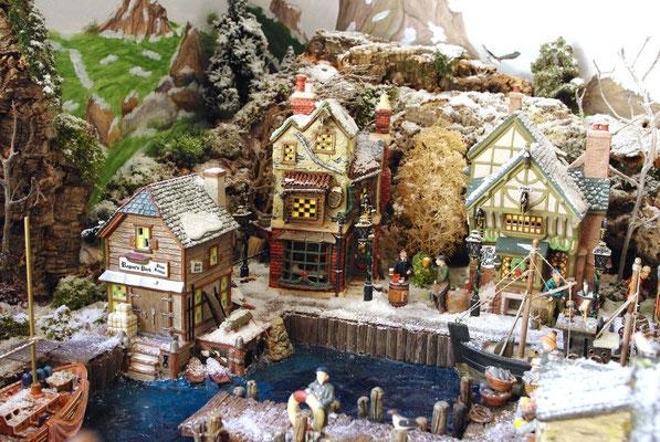 Village Noël/Christmas Village 2013: Port dans les rochers