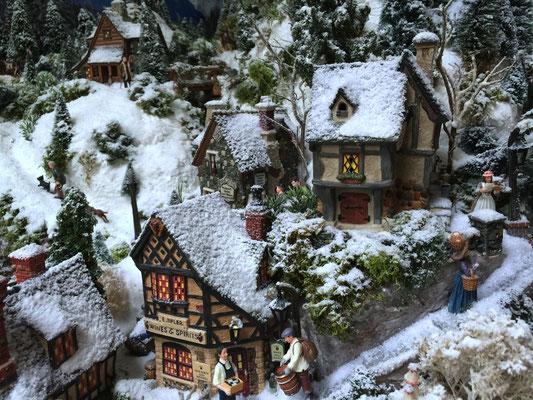 Village de Noël/Christmas Village 2014: Les maisons du haut