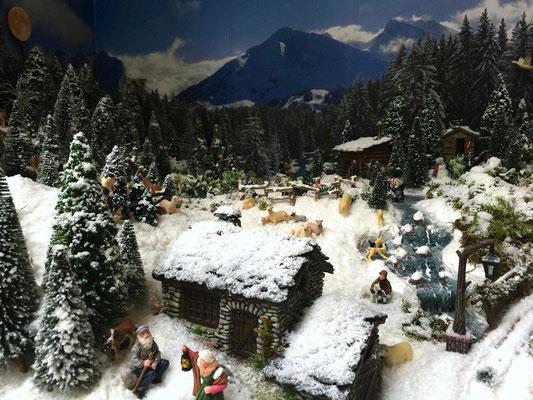 Village Noël /Christmas Village 2014, les hauteurs: Le petit refuge en pierres
