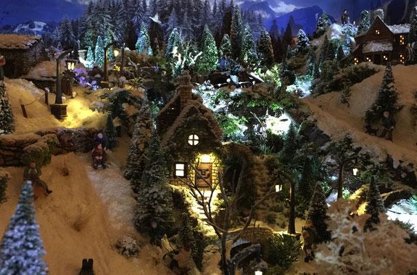 Village de Noël/Christmas Village 2014 de nuit: Moulin éclairé