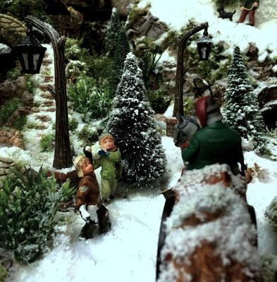 Village de Noël/Christmas Village 2014: Petits farceurs !