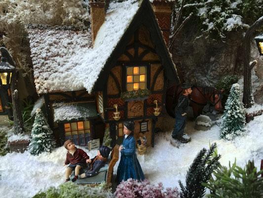 Village de Noël/Christmas Village 2014: Poussette locale