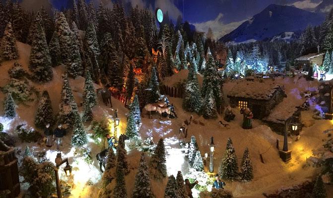 Village de Noël/Christmas Village 2014 de nuit: Activités villageoises nocturnes