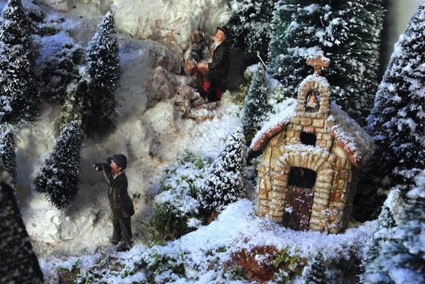 Village de Noël/Christmas Village 2014: Observation près de la chapelle