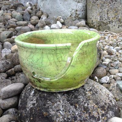 Yarnbowl / Wulleschüssel Raku grün