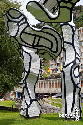 Jean Dubuffet - Le boqueteau des 7 arbres - 1988 - Flaine Forum