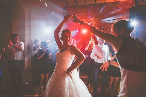 Dj mariage chic, Dj mariage élégant, mariage Carcassonne, mariage dans l'aude, dj mariage occitanie, mariage Narbonne, dj mariage Narbonne, Dj mariage Montpellier, dj mariage Provence, dj mariage Perpignan,