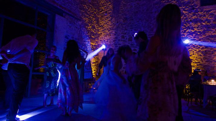 Mariage Mas Saint Germain à Saint Bauzille de Montmel, le Mas Saint Germain, mariage Herault, dj mariage Montpellier, mariage prestige.